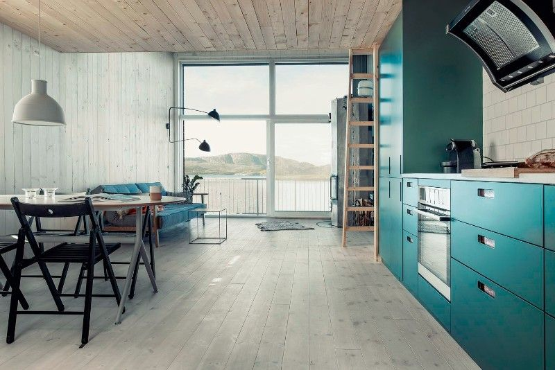 A small Norwegian house with a sea view | Smallest house, Design ...