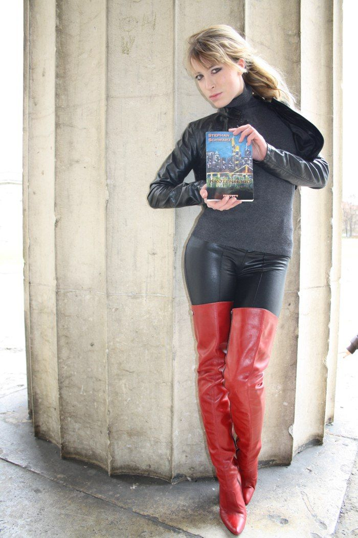 Red Leather Thigh Boots Fernando Berlin.
