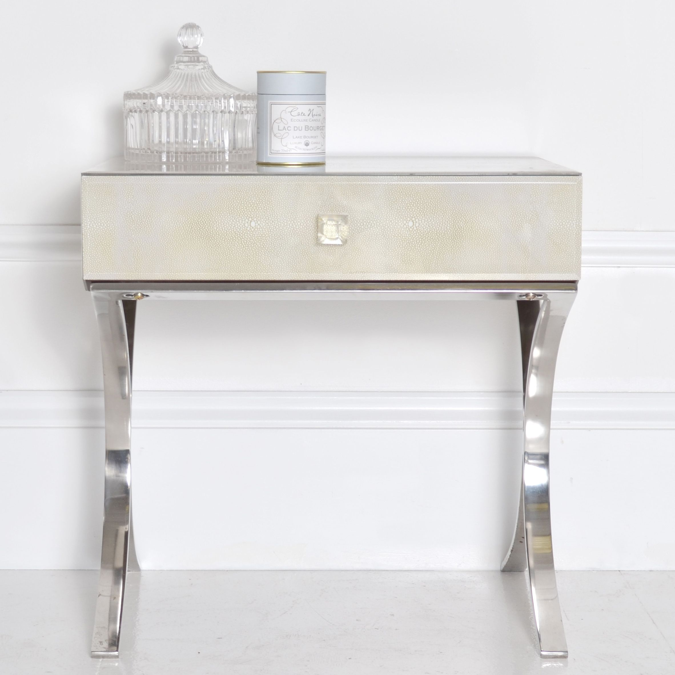 White nightstand with metal legs glorious bedside table for Metal night stands bedroom