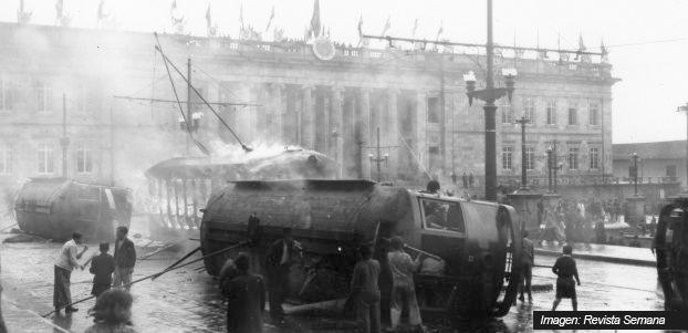 Resultado de imagen para foto del tranvía incendiado bogotazo