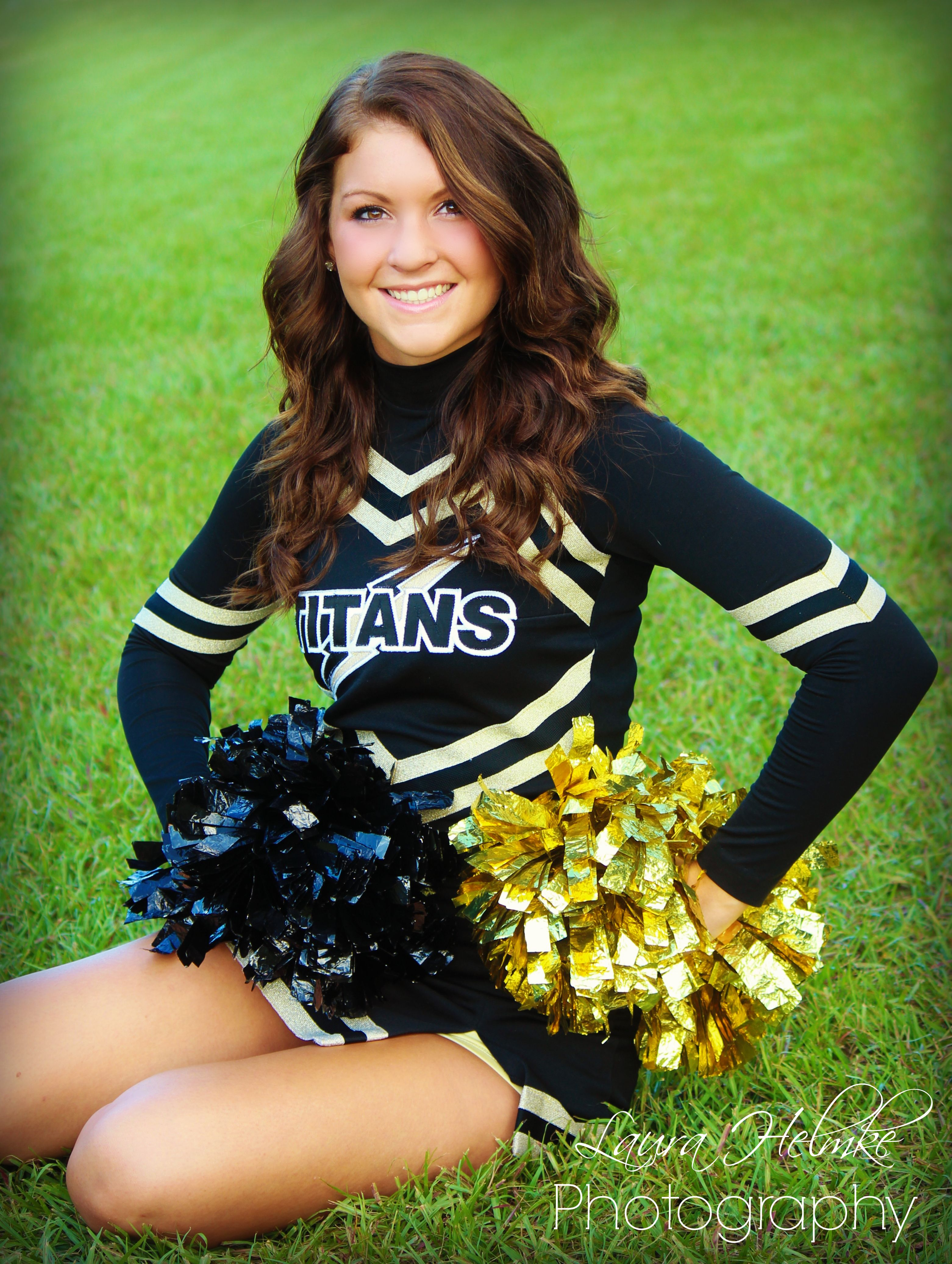 A cheerleader photography session 5