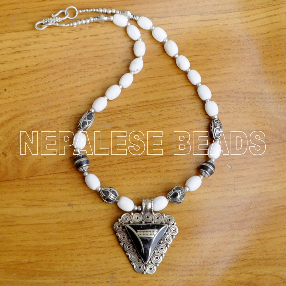 Diya31 nepalese tibetan conch shell black howlite brass do it diya31 nepalese tibetan conch shell black howlite brass do it yourself necklace handmade diynecklace solutioingenieria Gallery
