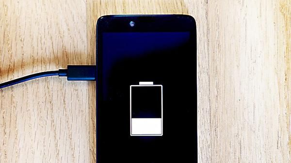 Diese Fehler Machen Deinen Akku Kaputt Handy Iphone Akku Iphone