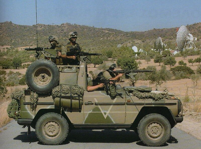 Cypriot special forces armed in their untouchable Mercedes G waggon. | Army  truck, Army tanks, Military photos