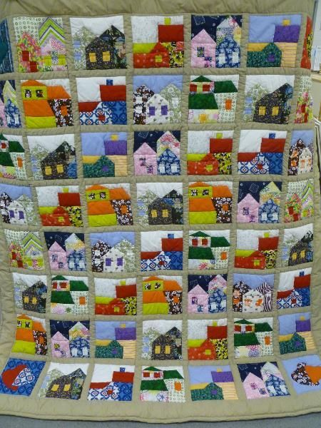 Quilting: 'Houses' quilt 1.40x2.00m - Only 4 different house ... : quilt house patterns - Adamdwight.com