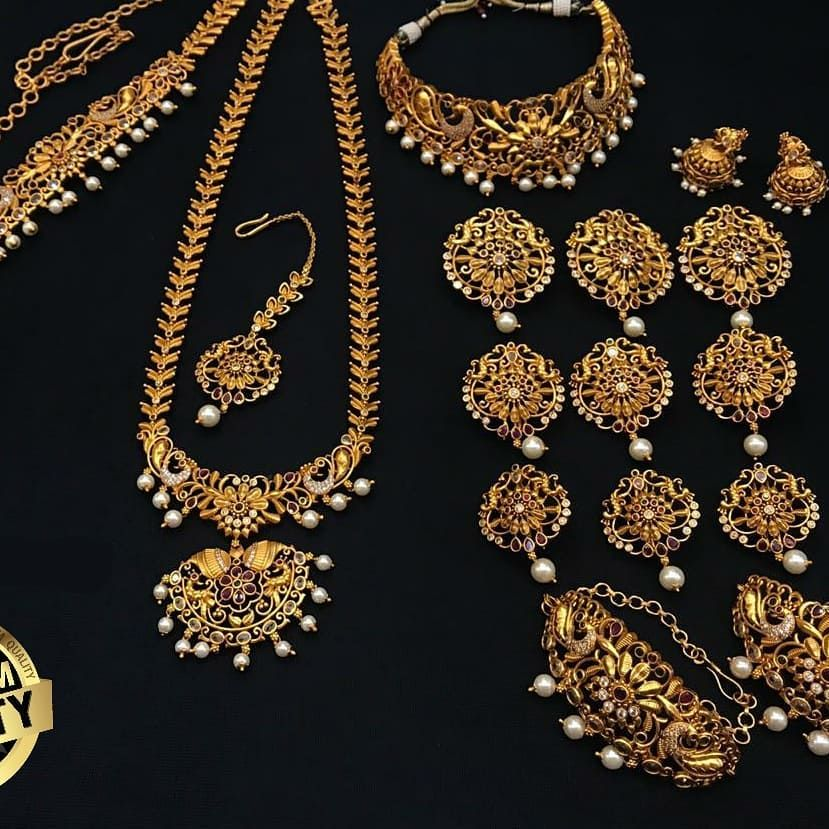 Grab This Beautiful Premium Quality Bridal Set At 6200 Freeshipping Jewellery Jewelry Fashion Earrings Handmade In 2020 Jewelry Design Handmade Jewelry Jewelry
