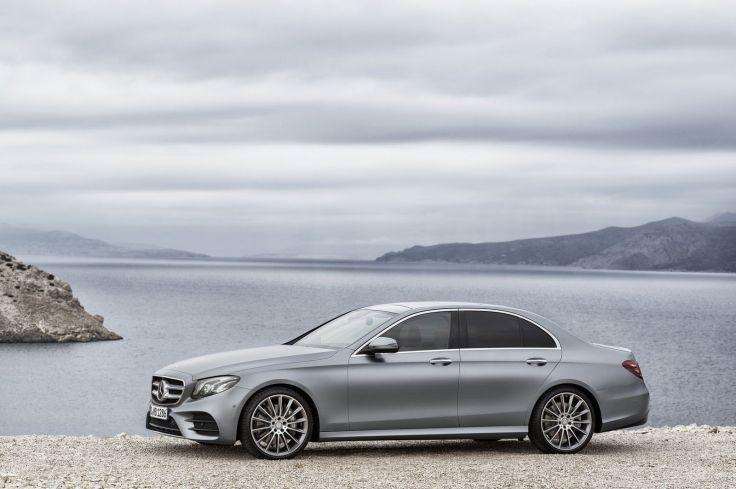 High Tech E Cl Pushes Mercedes Ahead Of Rivals