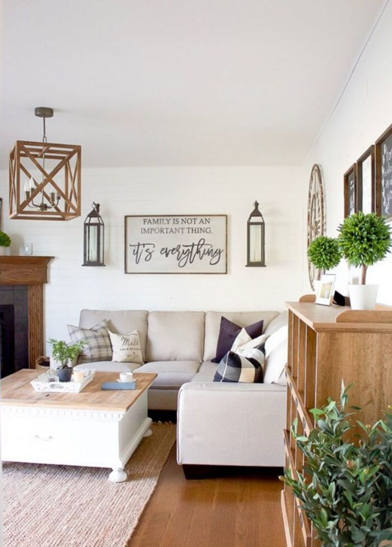 Perfect Minimalist Living Room Wall Decor Ideas 19