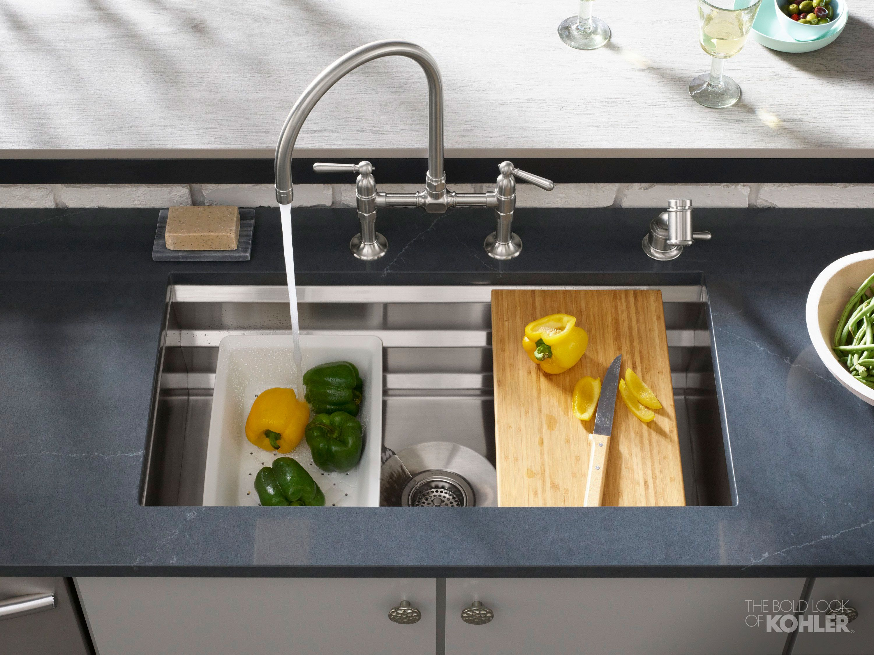Garden's Edge Kitchen Single bowl kitchen sink, Corner