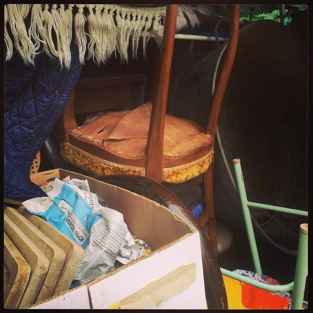 And the unloading begins in earnest! #unpackingtreasure #frenchfinds #frenchvintage #vintage #lovinglymade