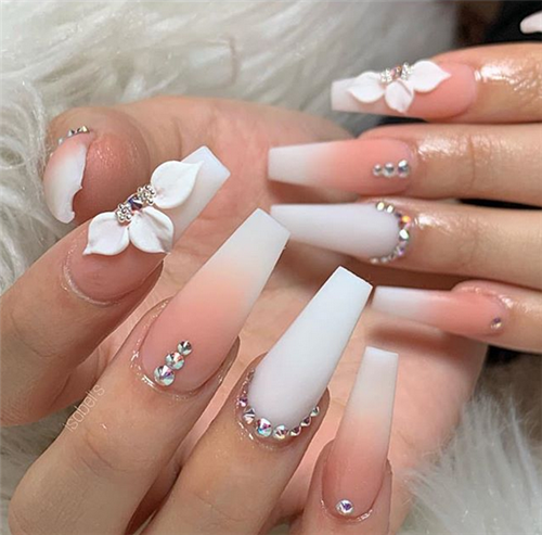 The Ombre Coffin Nails Design Are So Perfect For 2019 Spring And Summer Ombrenails Coffinnails J Wedding Nails Design Coffin Nails Designs White Nail Designs