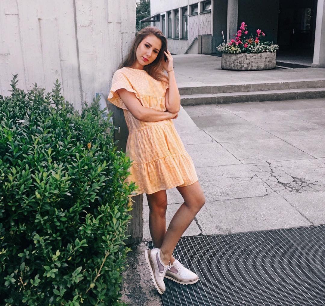 Zara Gelbes Kleid