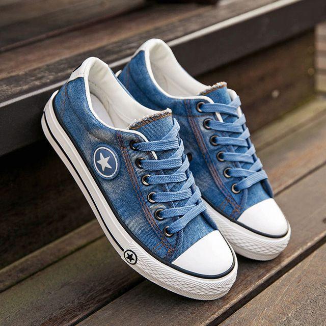 Mulheres Casuais Sapatos de Lona Das Meninas Sapatos Novos Formadores Denim  Estrelas Da Moda Sapatos de Skate Apartamentos Cesta Femme Tenis Feminino  ... 406a7fc03ee