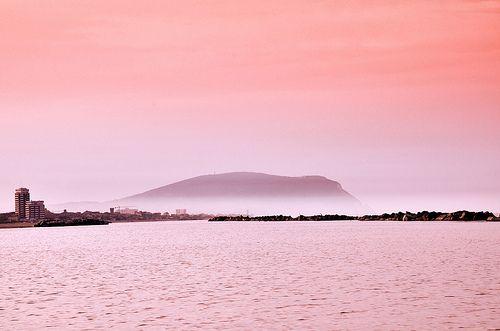 """Il """" Monte Conero """" fotografato dal lungomare nord di Civitanova Marche"""