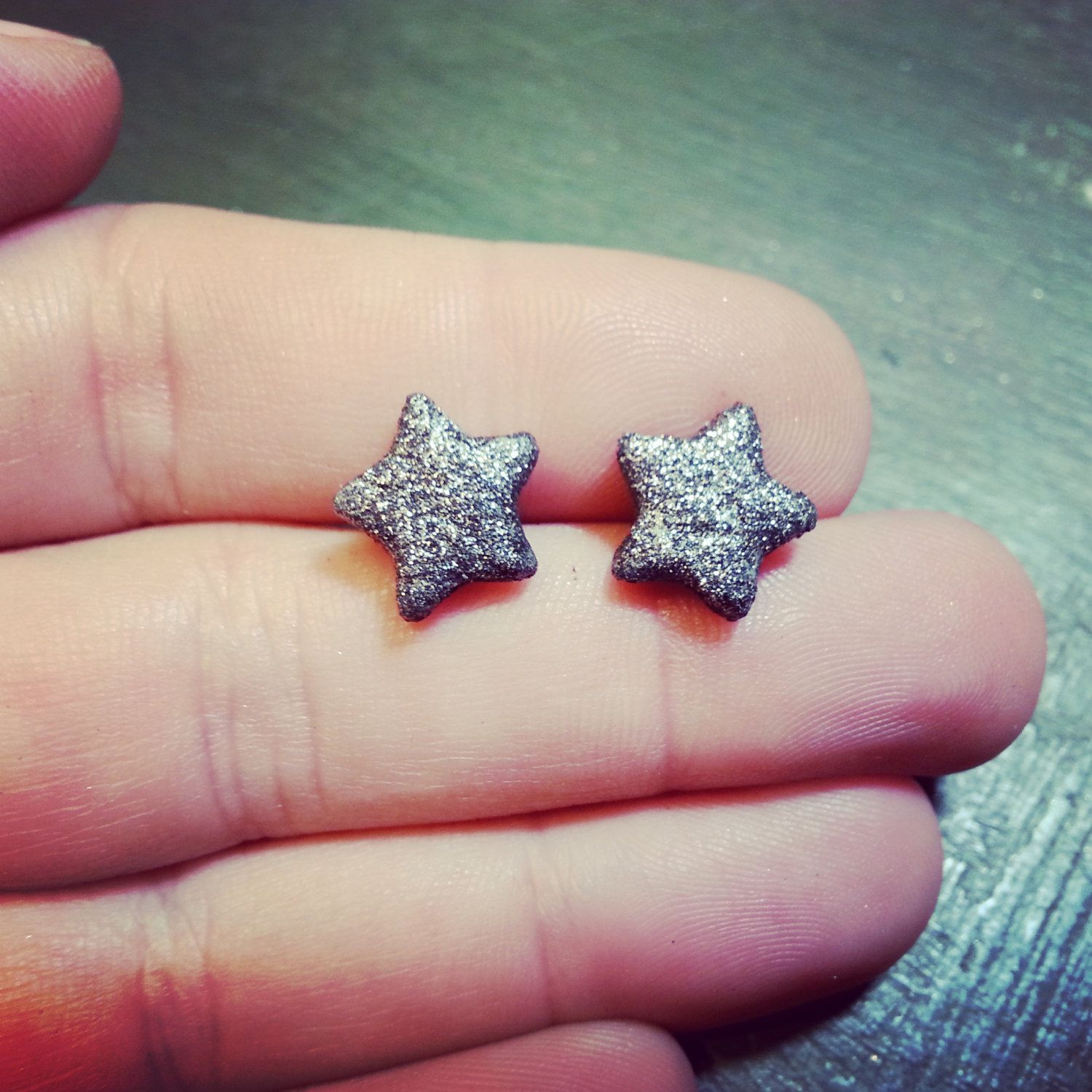 New to jennascifres on Etsy: Dark Grey Silver Glitter Star Earrings - Polymer Clay Stud Earrings - Silver Star Post Earrings - Hypoallergenic - Great for Sensitive Ears (6.00 USD)