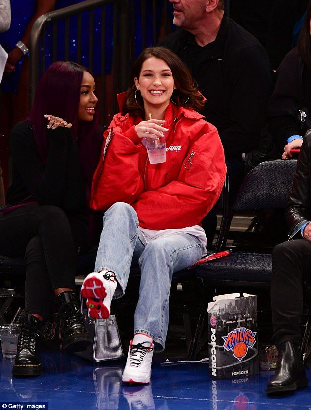 Chic Bella Hadid watches basketball game at Madison Square Garden – WhoRunTheWorld♀️