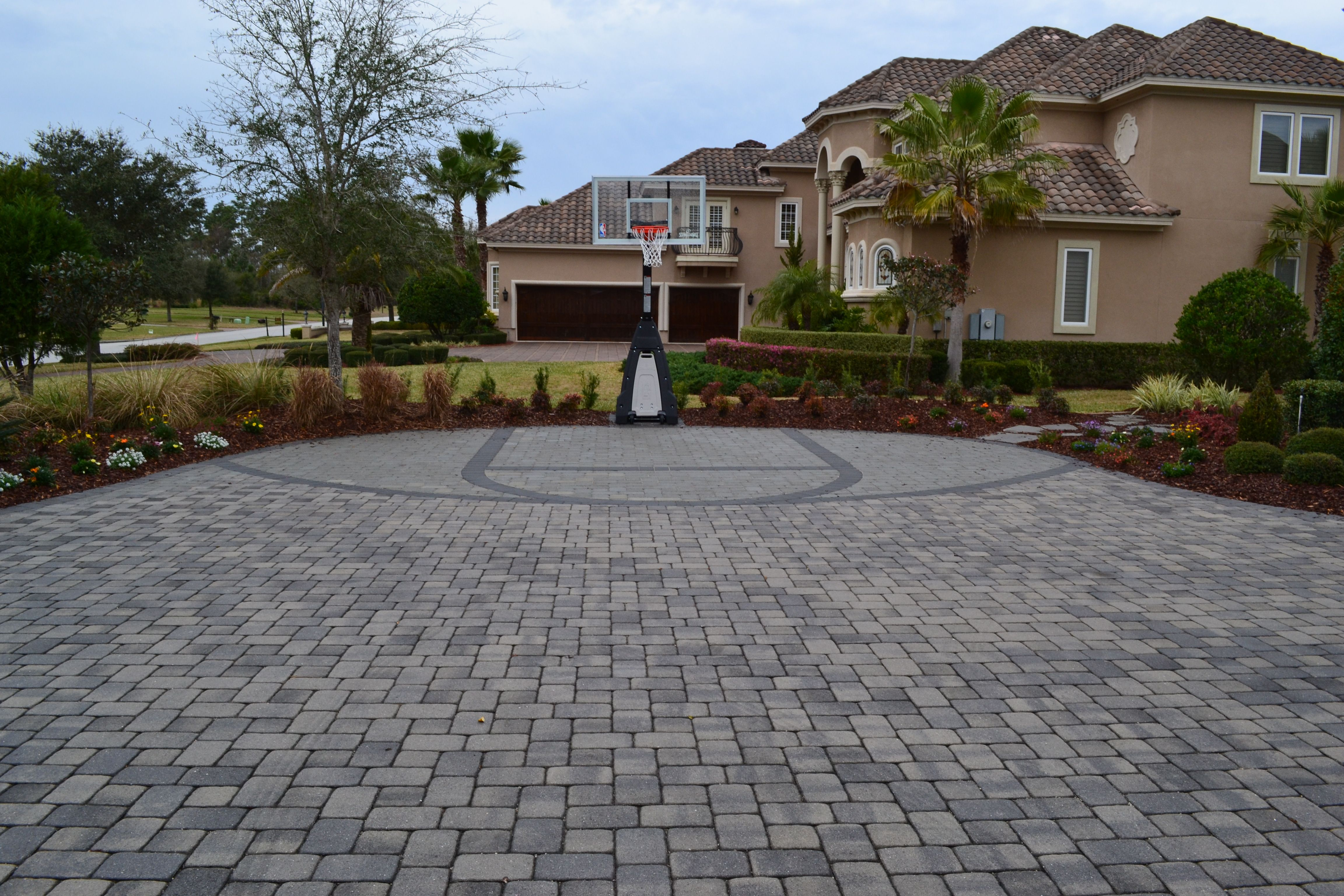 lucky kid cool basketball court out of pavers paver projects
