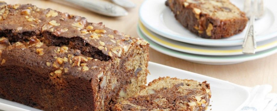 chocolate_coffee_and_walnut_cake-s
