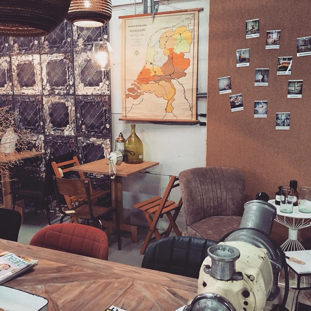 Sinds gisteren is aoké café geopend in de Homestock winkel in de Drossestraat. Sapjes koffie thee verse koeken en gebakjes! #haarlem #haarlemcityblog #new #hotspot