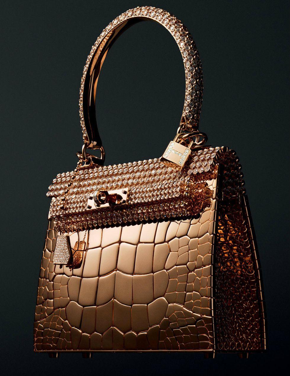 9e534008401c Milan Shopping Christmas  5 most luxury handbags brands for her ...