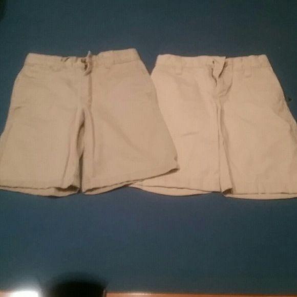 Boys tan dress shorts Great condition Old Navy Shorts