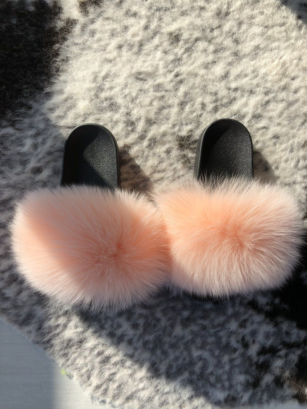 36ede0060248c Blush Fox – SHOP SO REAL | SHOES in 2019 | Faux fur slides, Slippers ...