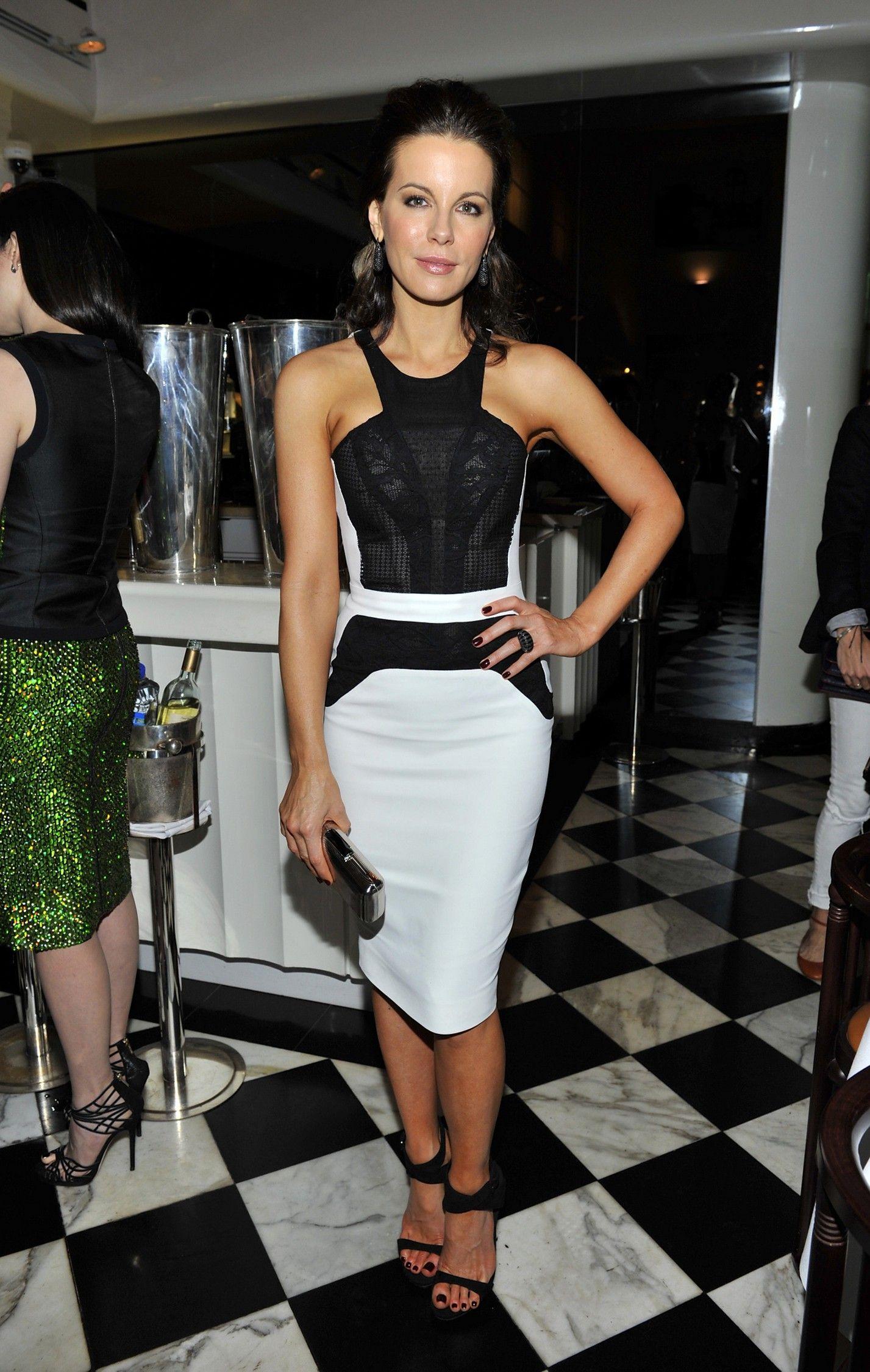 La ravissante Kate Beckinsale était invitée à la soirée Antonio ...