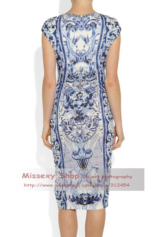 18025ebef3b Hot Europe Fashion Round Neck White Blue Porcelain Print Fitted Dress Plus  Size Women Clothing CD086-in Dresses from Apparel   Accessories o.
