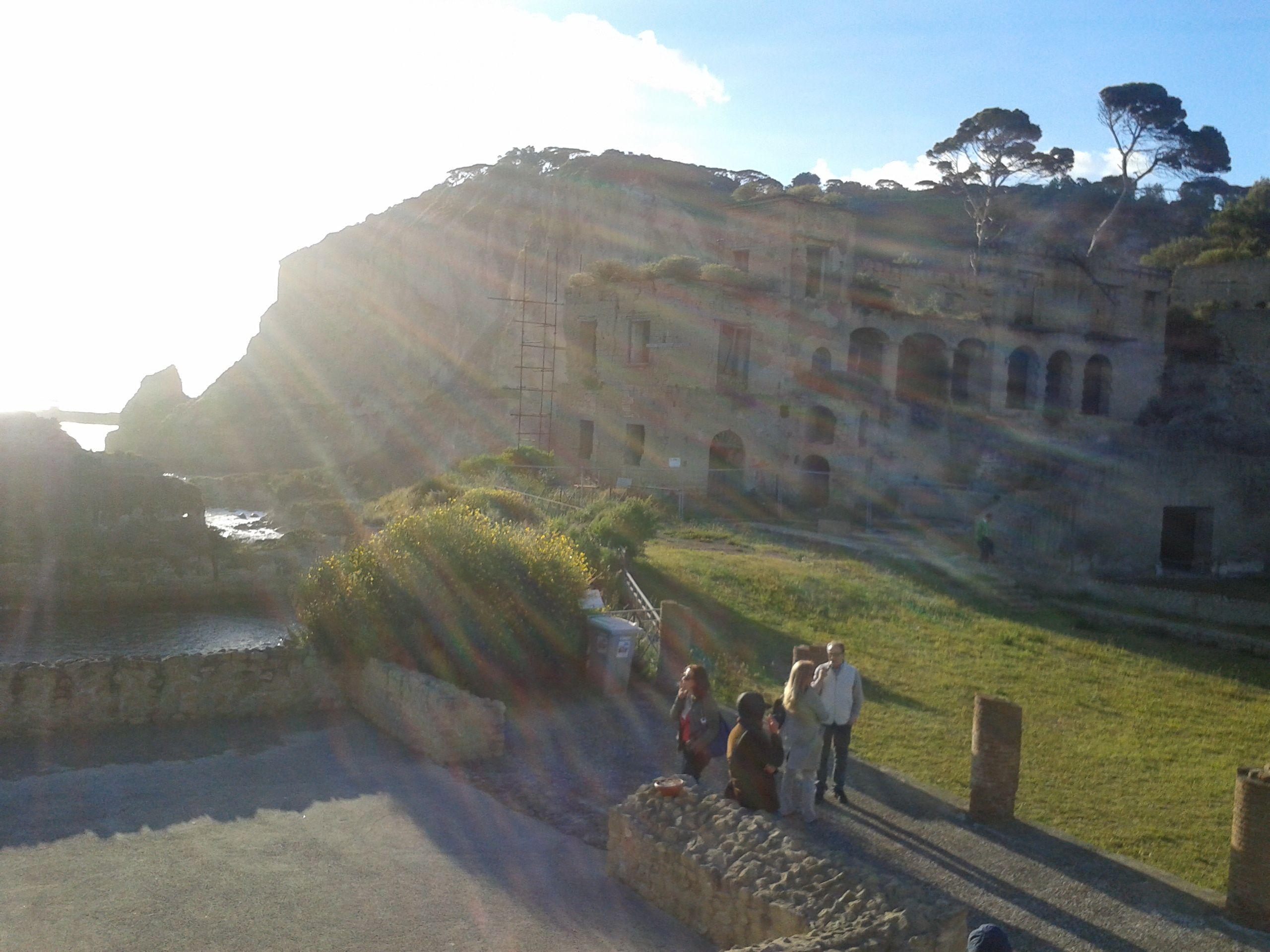 le grotte di Seiano, L'anfiteatro, Il parco della Gaiola. #Napoli