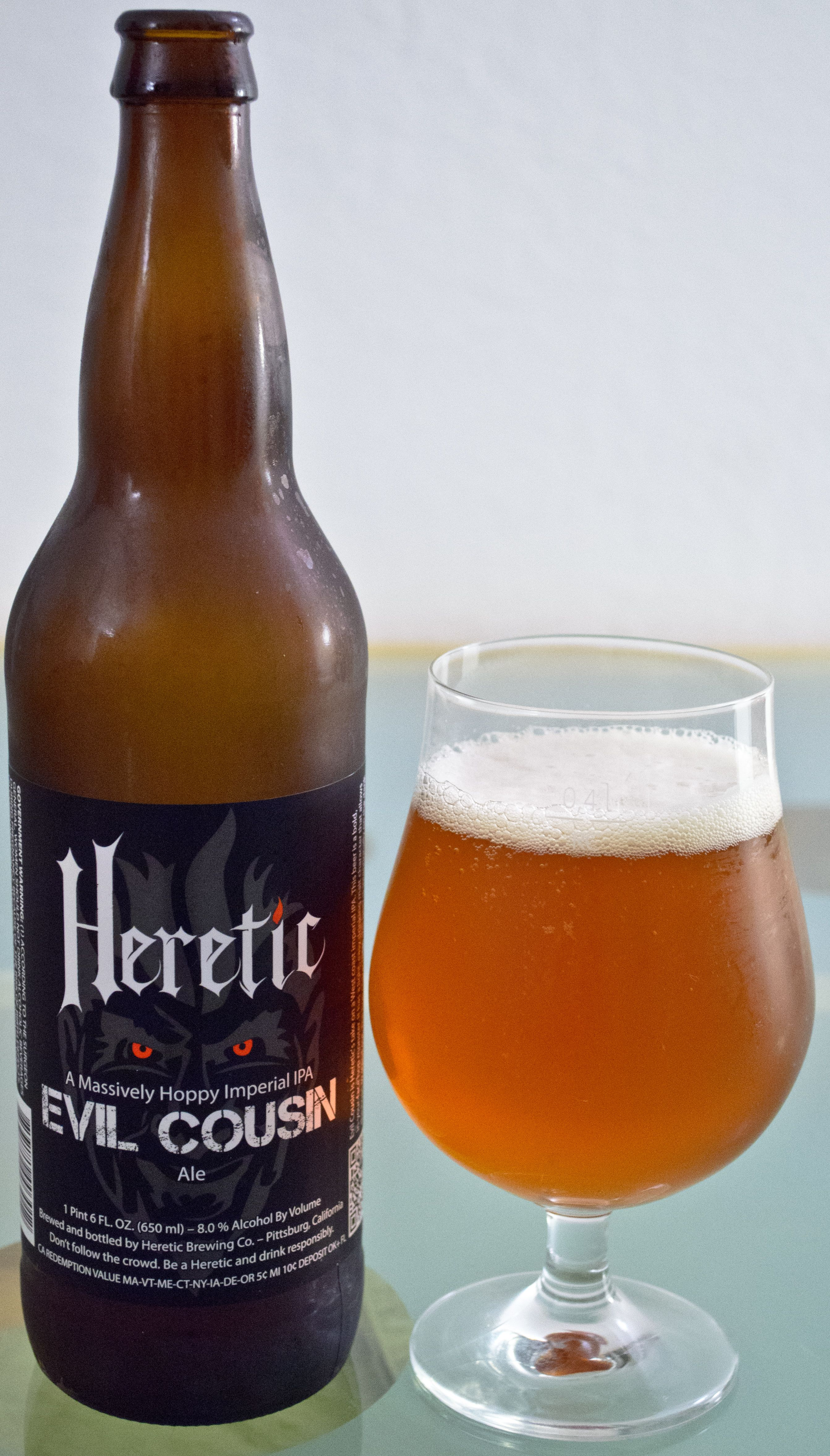 Heretic's Evil Cousin - This one was a very nice example of a really hop forward DIPA. The hops really took front and center here. The good thing is that the hops had a great complex profile that was really nice from start to end with some good bitterness throughout. The beer did not feel quite balanced as the hops kinda took over, but I really liked a bold DIPA sometimes.