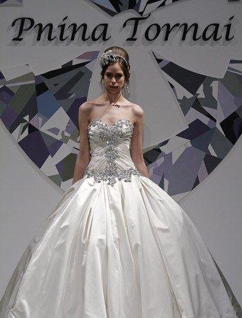 Great Pnina Tornai Wedding Dress on Sale Off
