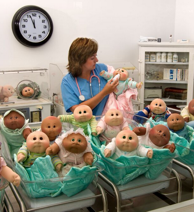 Let Babyland General Hospital S Licensed Patch Doctors And Nurses Help Your Child Pick Their Favori Patch Kids Vintage Cabbage Patch Dolls Cabbage Patch Babies