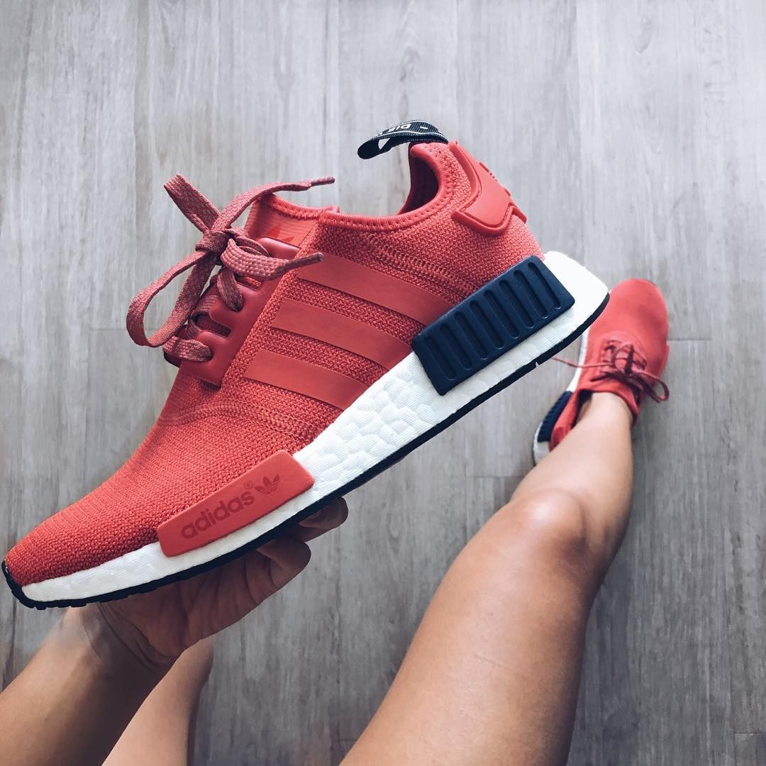 more photos ffee8 05a36 Adidas NMD R1 new found love