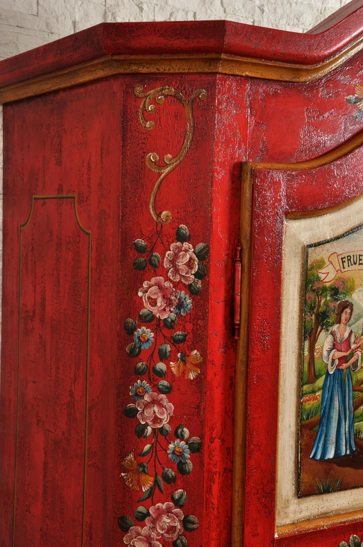 Armadio a due ante sagomato e decorato a mano raffigurante