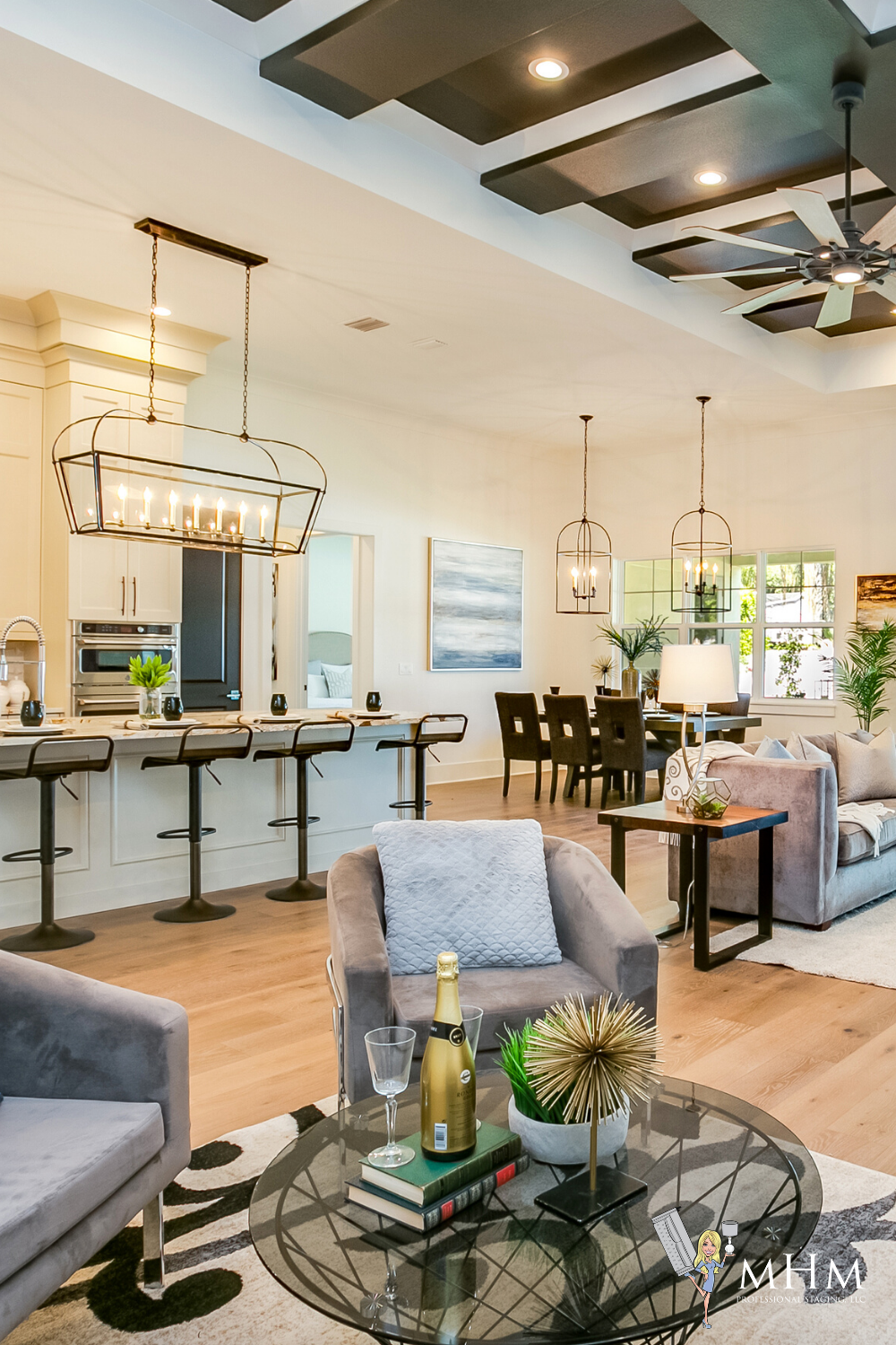 Mhm Professional Staging Orlando Home Staging Company Home Staging Home Home Staging Companies