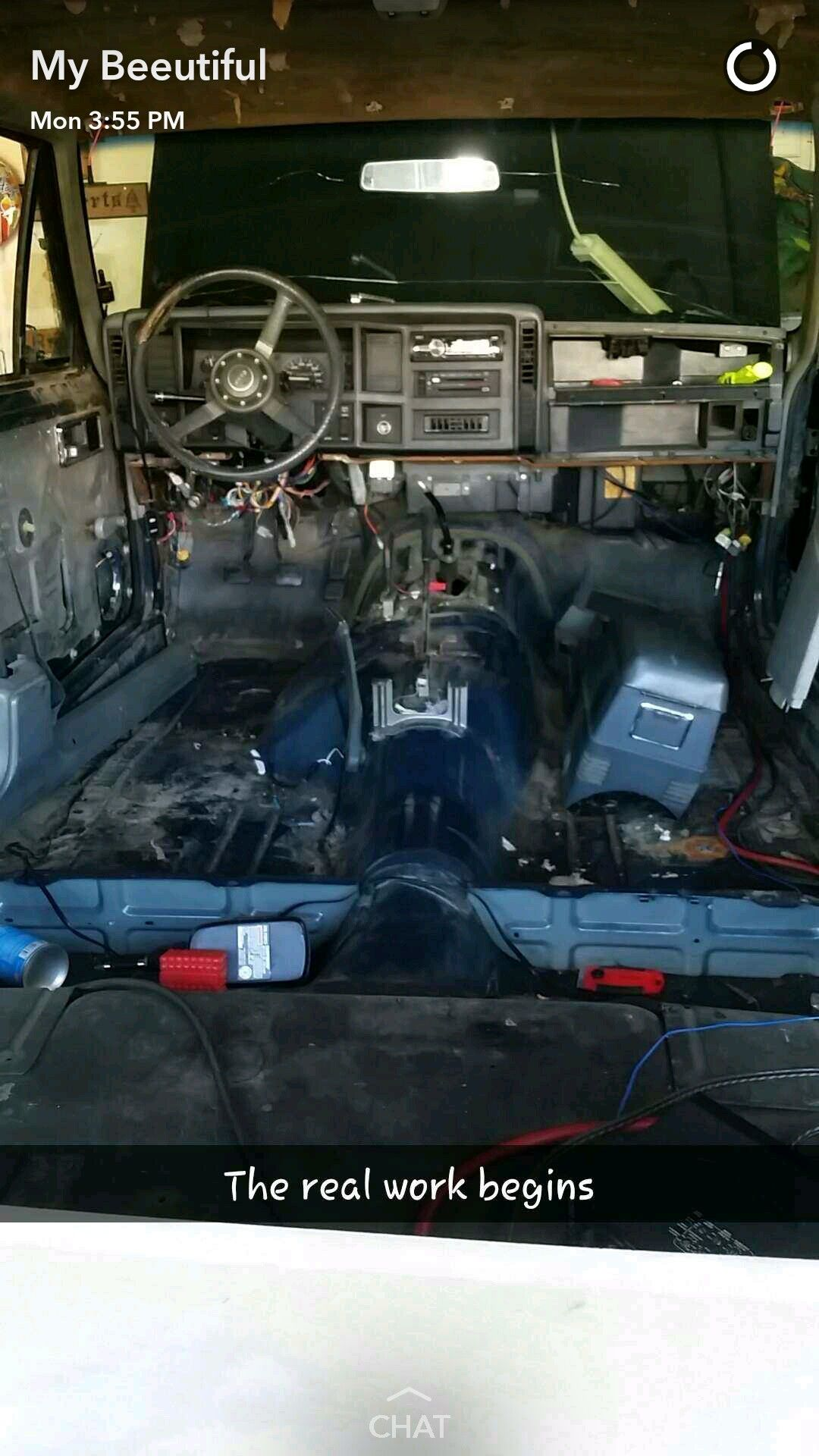 1990 Jeep Cherokee Xj Build For The Misses Gutted Interior Jeep Cherokee Xj Jeep Cherokee Jeep Mods