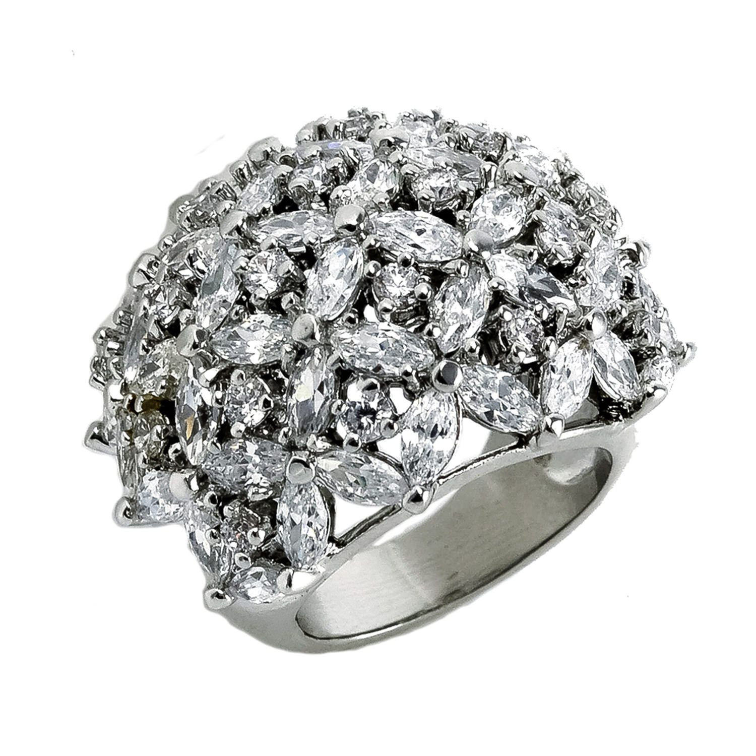 Clear CZ flower fashion ring. Sizes 5-9. Item #: jmr571-cl