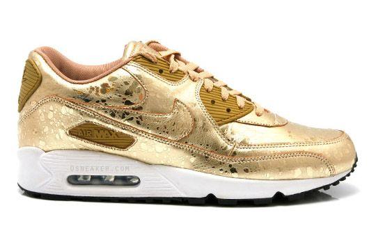 Gold nike air max, Nike shoes
