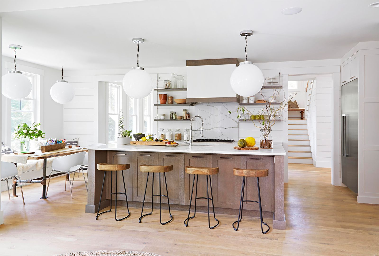 This Post Is Full Of Some Tips Other Home Stagers Won T Tell You About How To Stage Your Kitchen Sell Your House Fast Cheap Kitchen Cabinets Selling Your House