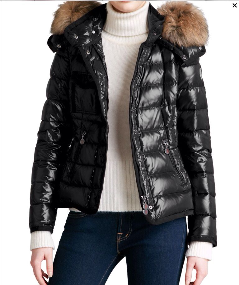 c17e0f45ee6a Moncler Womens Short Puffer Jacket With Fur-Trimmed Hood - Black