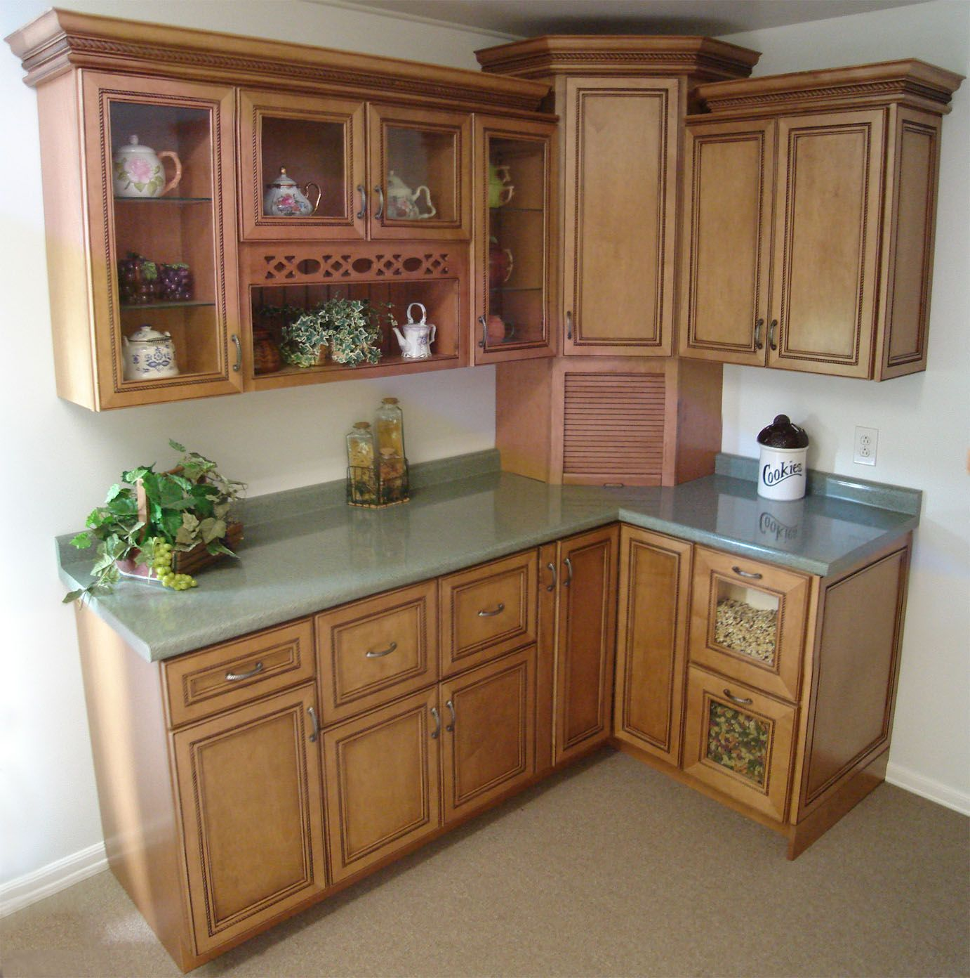 Best Lowes Kitchen Cabinets Lowes Shaker Cabinet 640 x 480