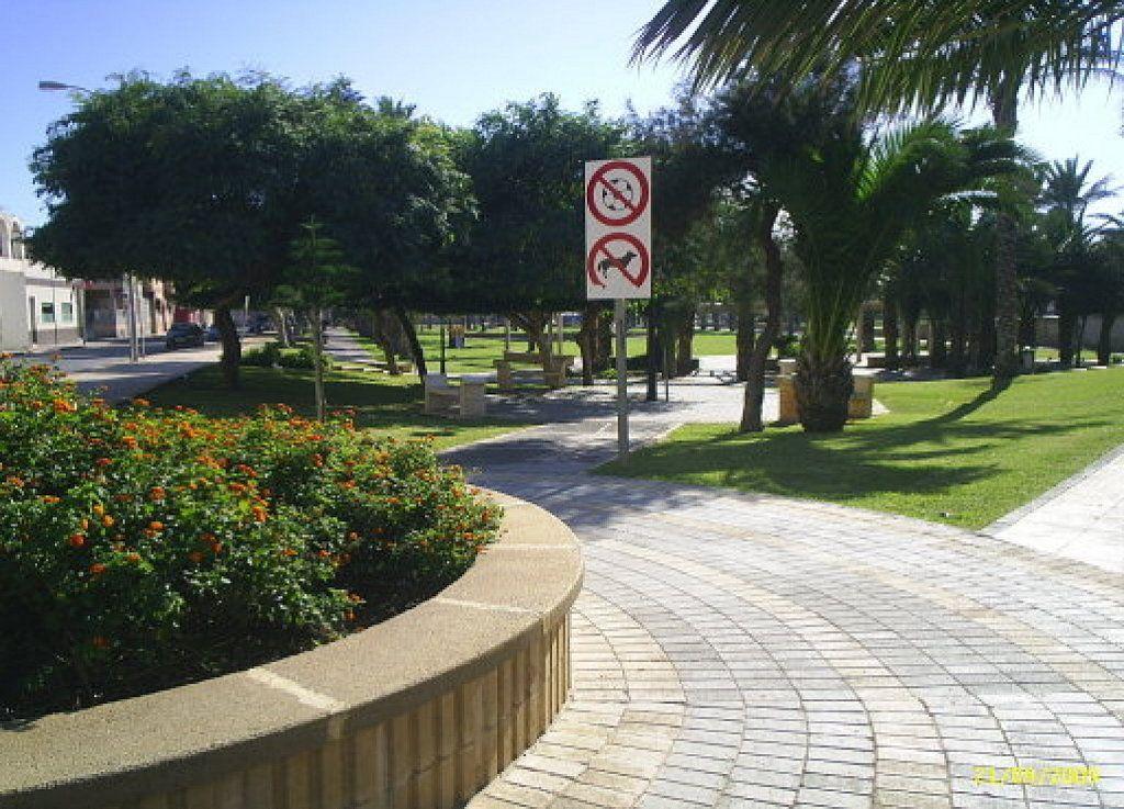 La policía de Castellón presenta una Unidad de Protección Medioambiental y Bienestar Animal | Cuidar de tu mascota es facilisimo.com