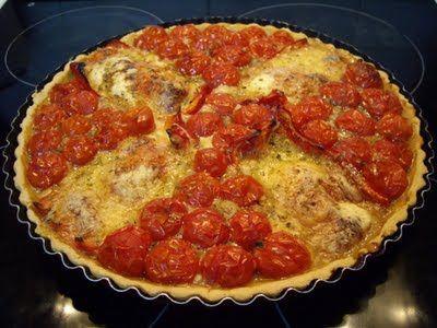 Mis recetas de cocina: TARTA DE TOMATES CHERRY Y PIMIENTOS ROJOS