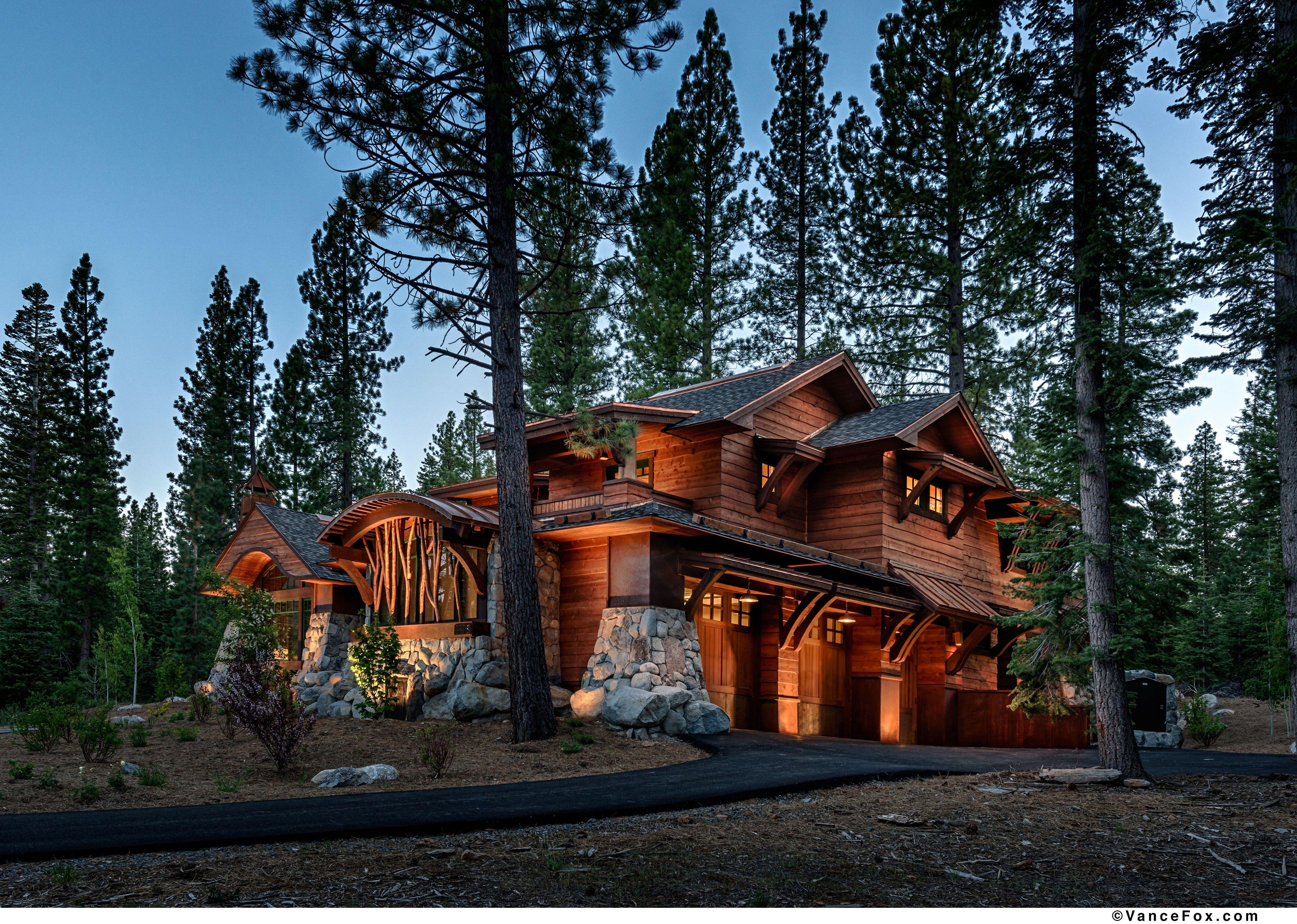 Custom cabin built by nsm construction in truckee ca for Custom mountain homes