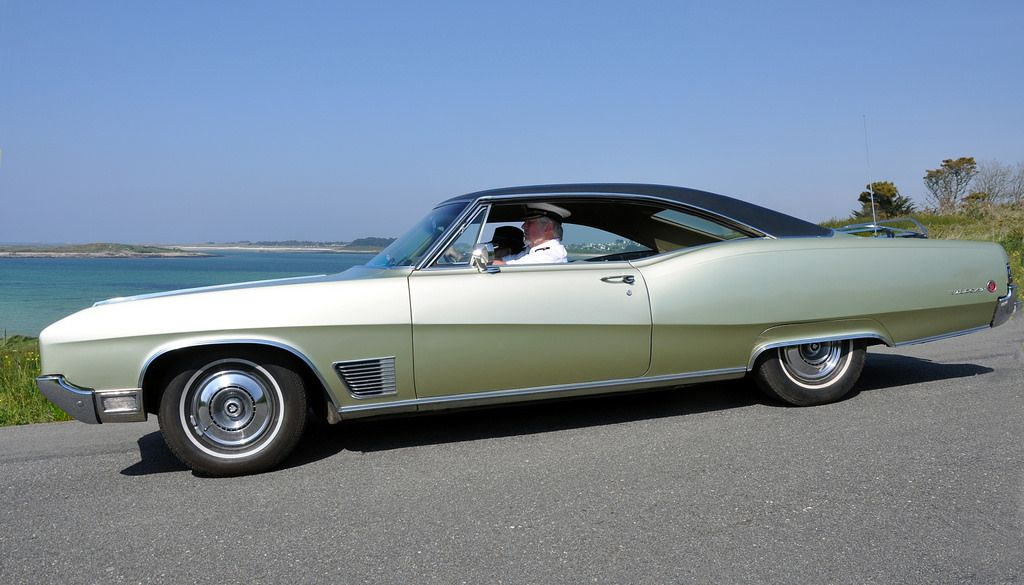 buick wildcat coupe 1968 more buick and cars ideas. Black Bedroom Furniture Sets. Home Design Ideas