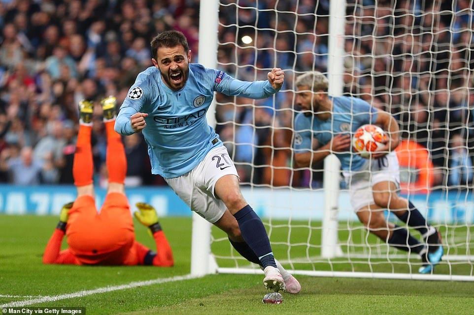 Man City 43 Tottenham (44 agg) Llorente takes Spurs