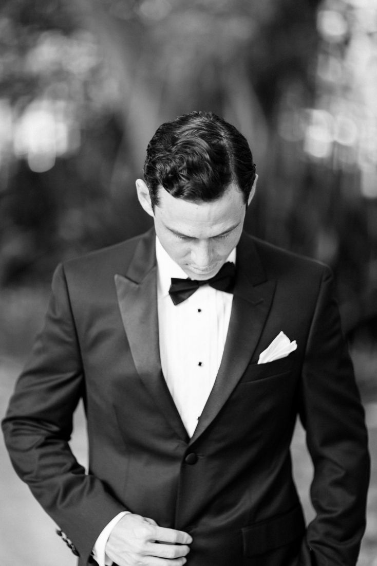 photo by Hunter Ryan Photo - The Well Groomed Groom - Wedding blog for the Sophisticated Groom