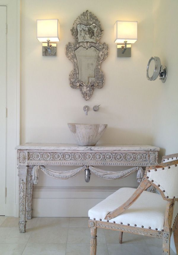 A Neoclassical Home By Tara Shaw   Desire To Inspire   Desiretoinspire.net