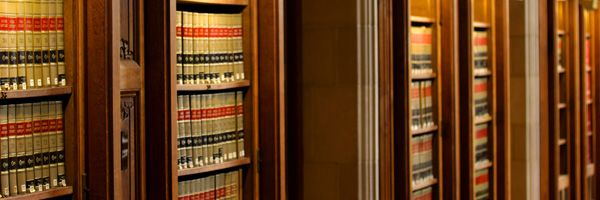 How Much Does A Lawyer Make By Law School Law Books Personal