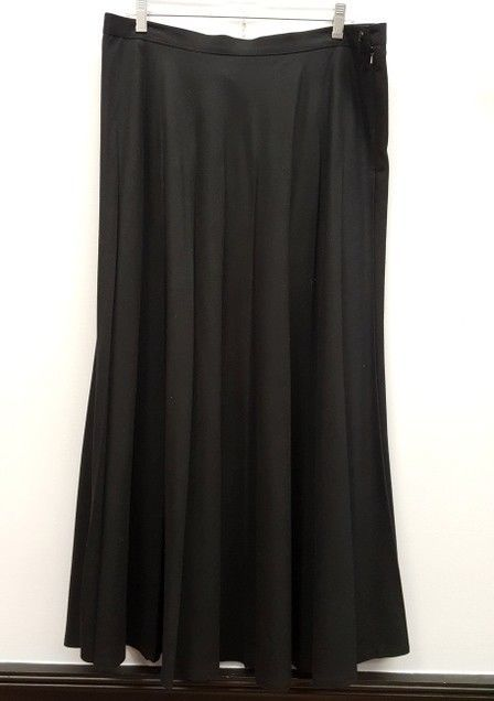 e4f2e5ff41 JONES NEW YORK Size 16 Black Long Full Length Pleated Maxi Skirt #fashion # clothing